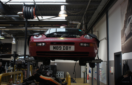 The disassembly of the 968 CS