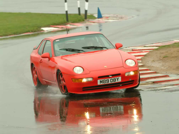 The 968 Club sport back in its former glory days on the Spa-Francorchamps circuit